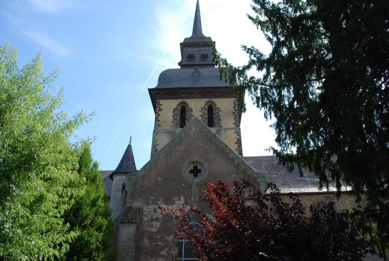 Eglise abbatiale de St Gildas des Bois