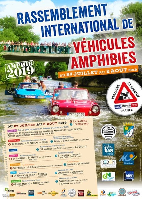 Rassemblement de véhicules amphibies